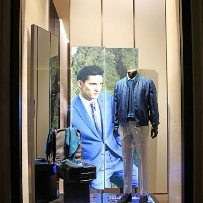 Brioni Windows20150303 Display Finished005
